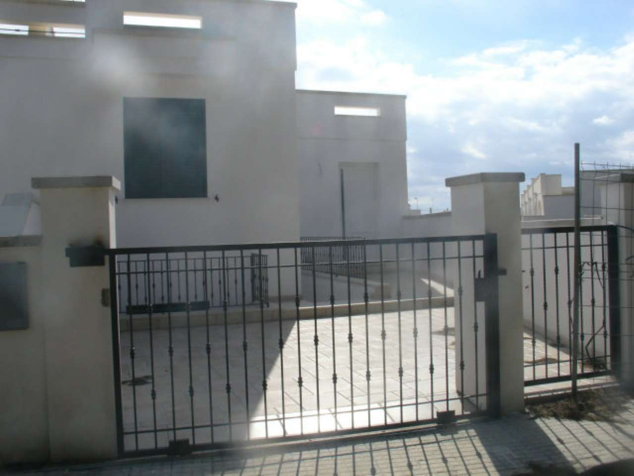 Villa in vendita a Taviano, 6 locali, prezzo € 160.000 | Cambio Casa.it