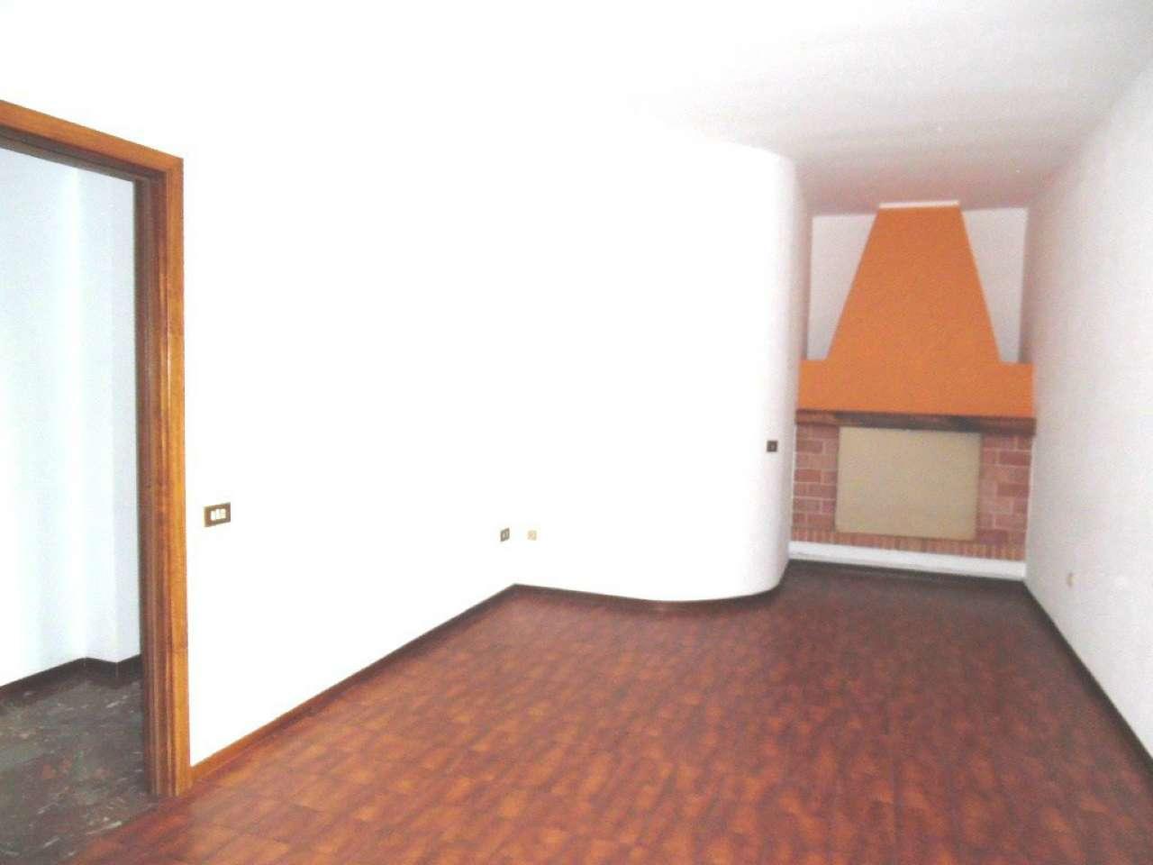 Appartamento in vendita a Calimera, 4 locali, Trattative riservate | Cambio Casa.it