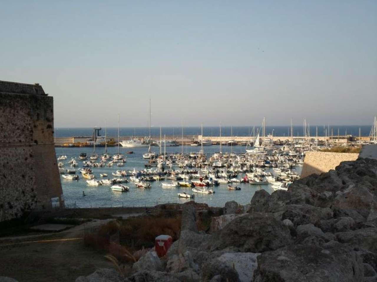 Soluzione Indipendente in vendita a Otranto, 4 locali, prezzo € 300.000 | Cambio Casa.it