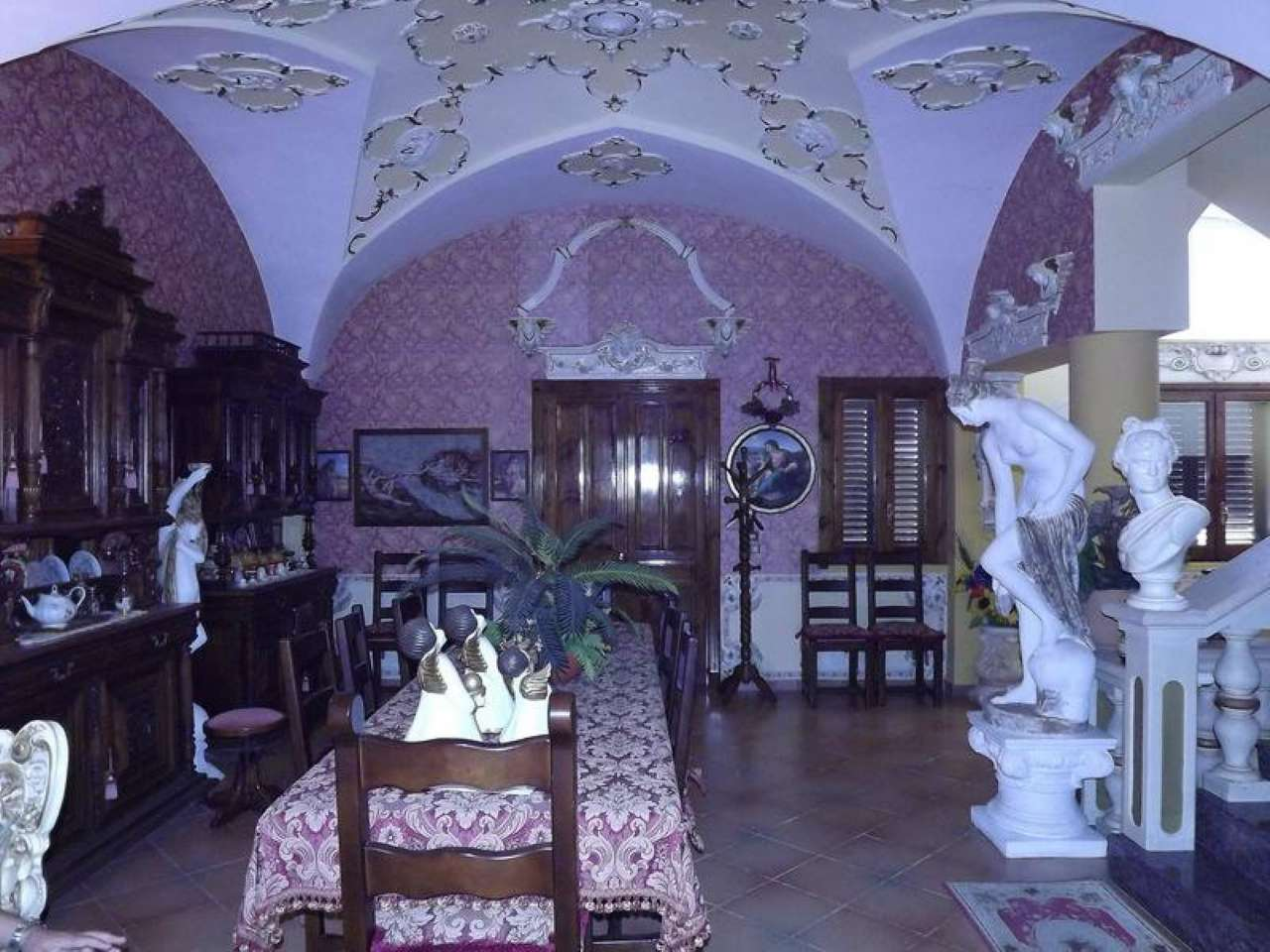 Soluzione Indipendente in vendita a Nociglia, 7 locali, prezzo € 300.000 | Cambio Casa.it