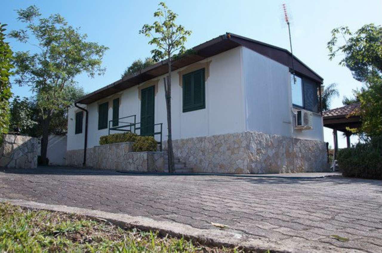Villa in affitto a Gallipoli, 5 locali, prezzo € 350 | Cambio Casa.it