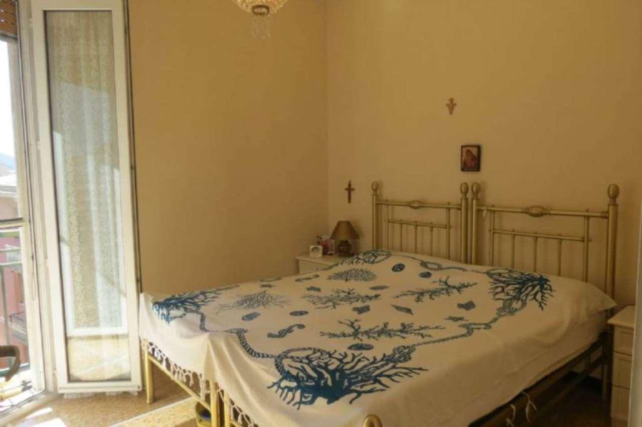 Appartamento in vendita a Lavagna, 3 locali, prezzo € 190.000 | Cambio Casa.it