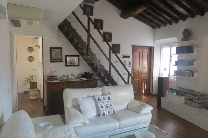 Appartamento in vendita a Lavagna, 6 locali, prezzo € 370.000 | Cambio Casa.it