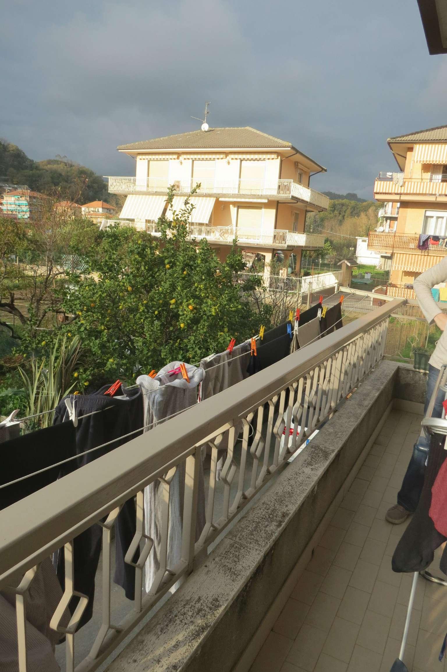Appartamento in affitto a Cogorno, 4 locali, prezzo € 420 | Cambio Casa.it