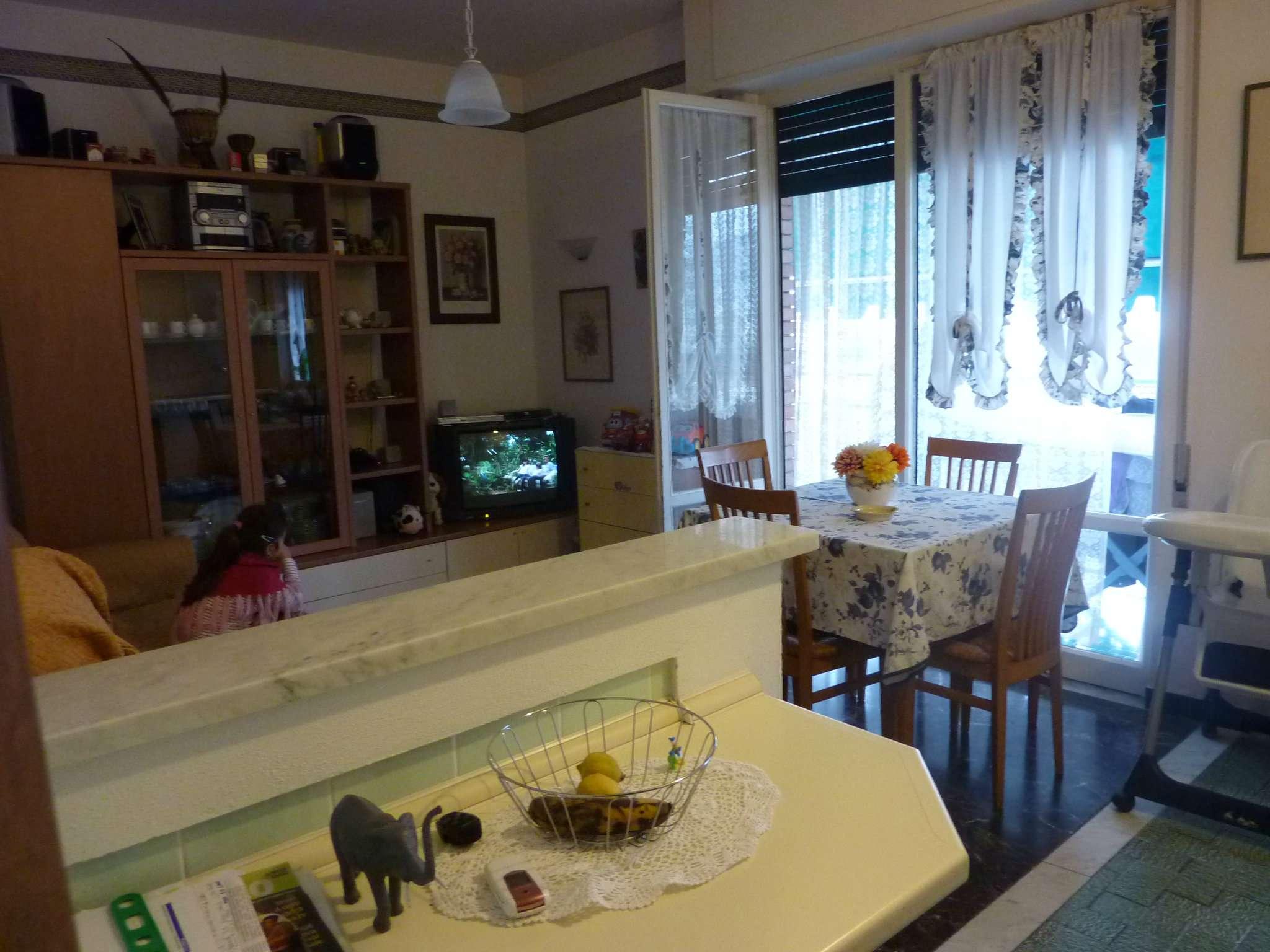 Appartamento in affitto a Lavagna, 2 locali, prezzo € 400 | CambioCasa.it