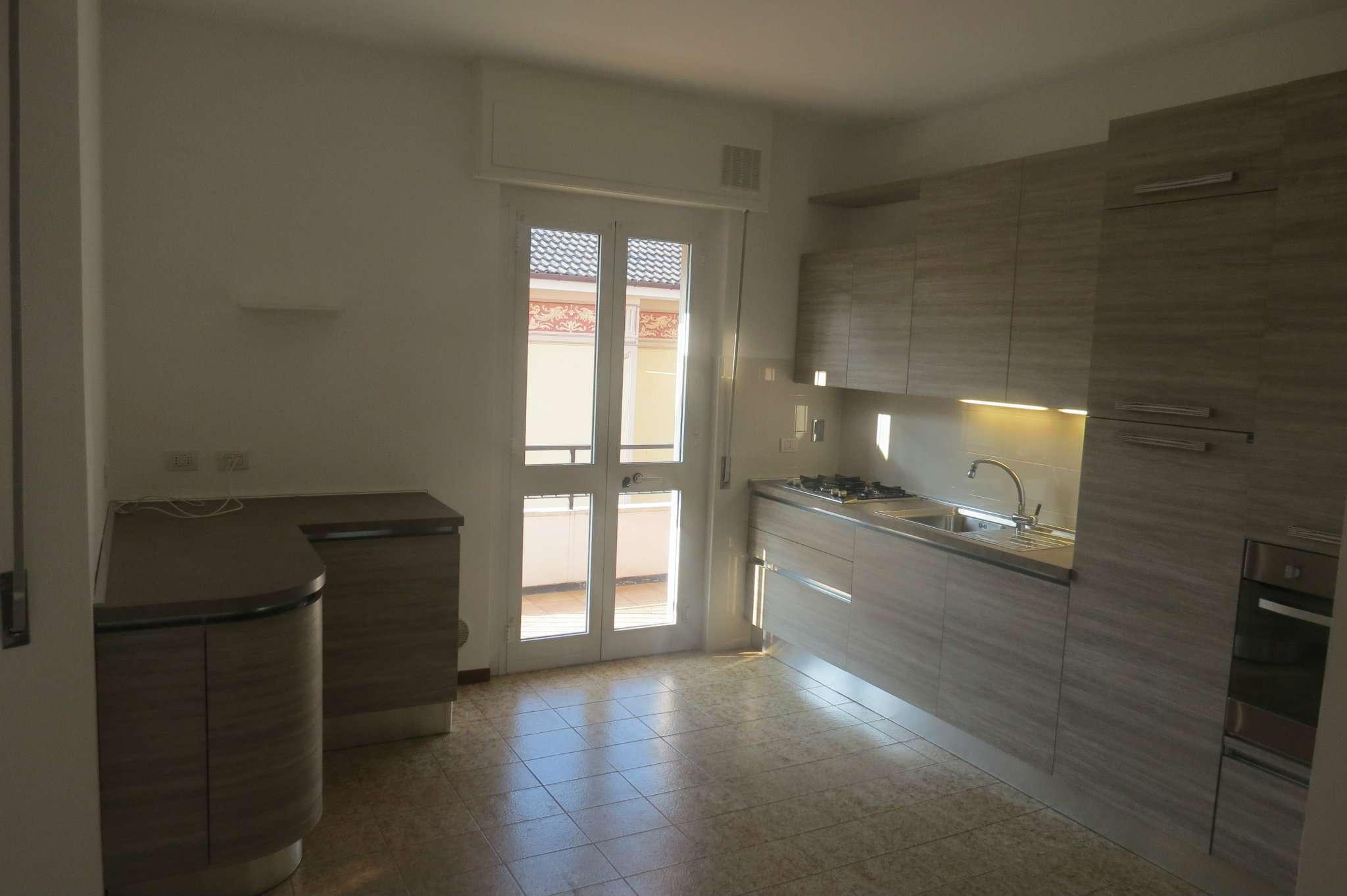 Appartamento in vendita a Cogorno, 3 locali, prezzo € 150.000 | CambioCasa.it