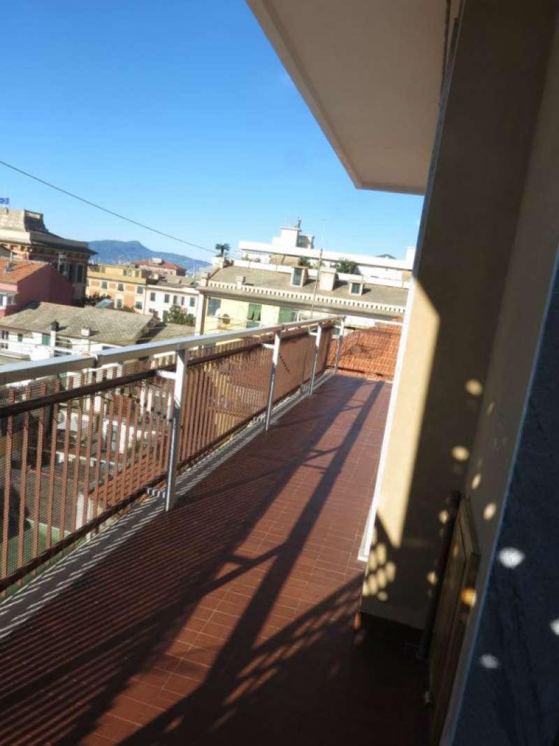 Appartamento in affitto a Lavagna, 5 locali, prezzo € 500 | CambioCasa.it