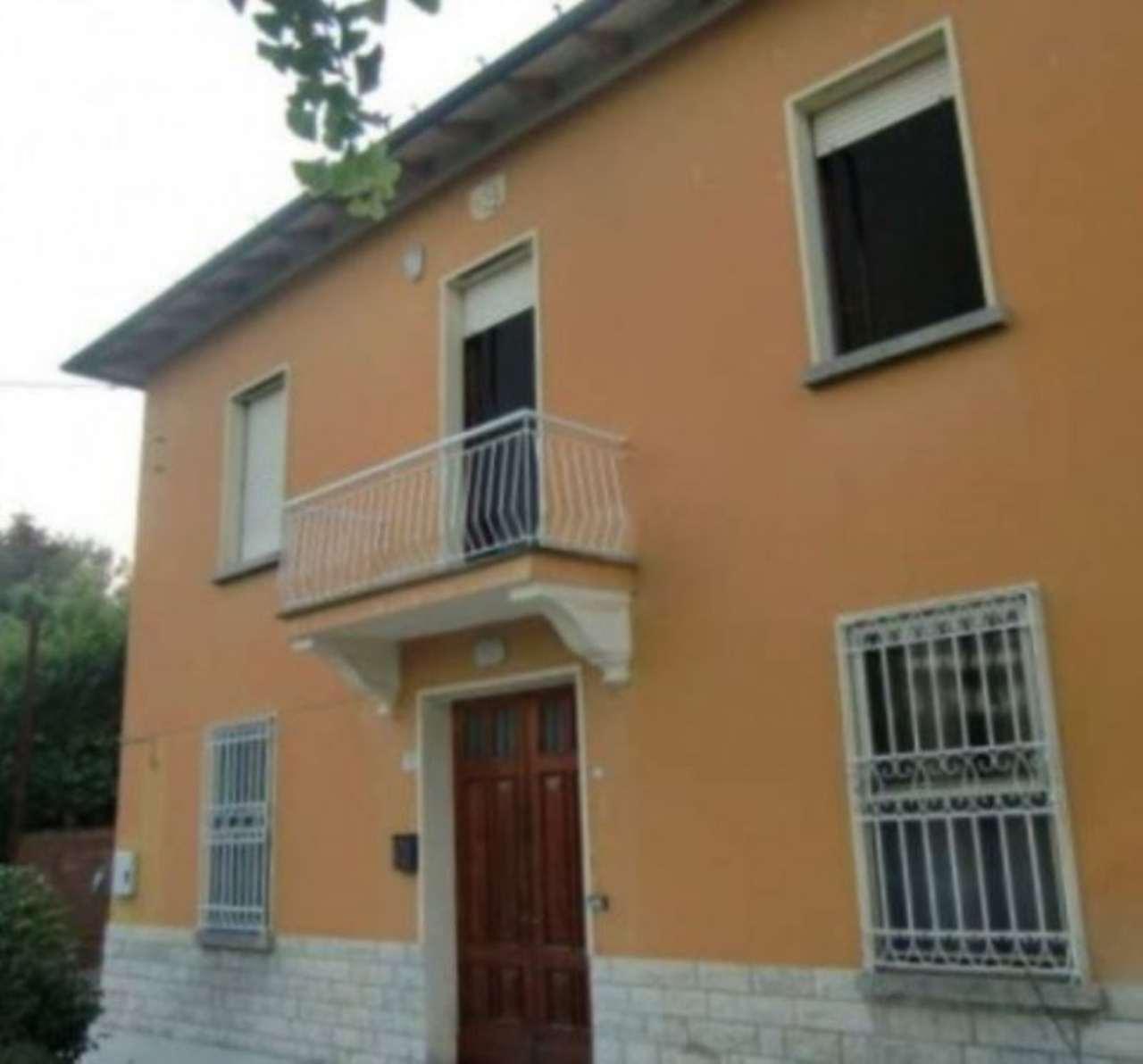 Appartamento in affitto a Forlì, 4 locali, prezzo € 500   Cambio Casa.it