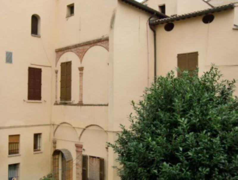 Appartamento in affitto a Forlì, 5 locali, prezzo € 650 | CambioCasa.it
