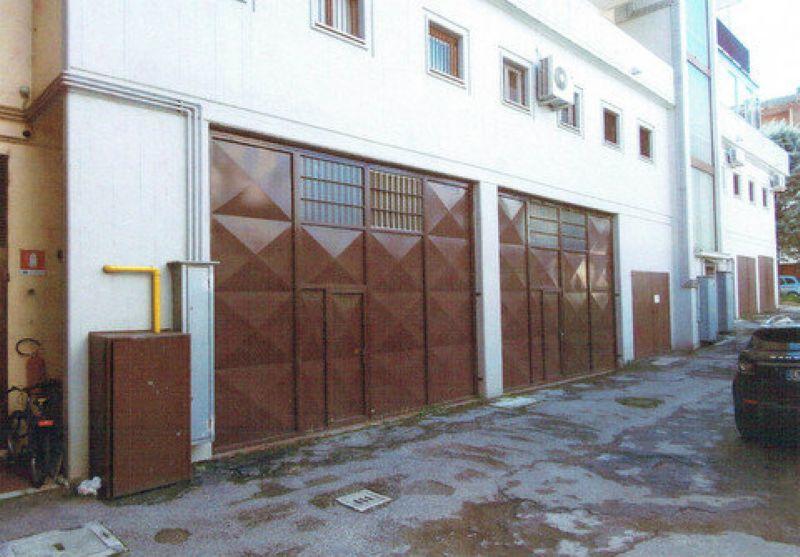 Magazzino in affitto a Forlì, 1 locali, Trattative riservate | Cambio Casa.it