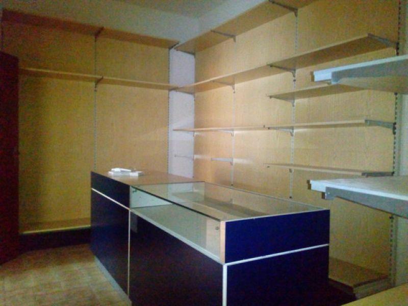 Negozio / Locale in affitto a Forlì, 2 locali, prezzo € 750 | Cambio Casa.it