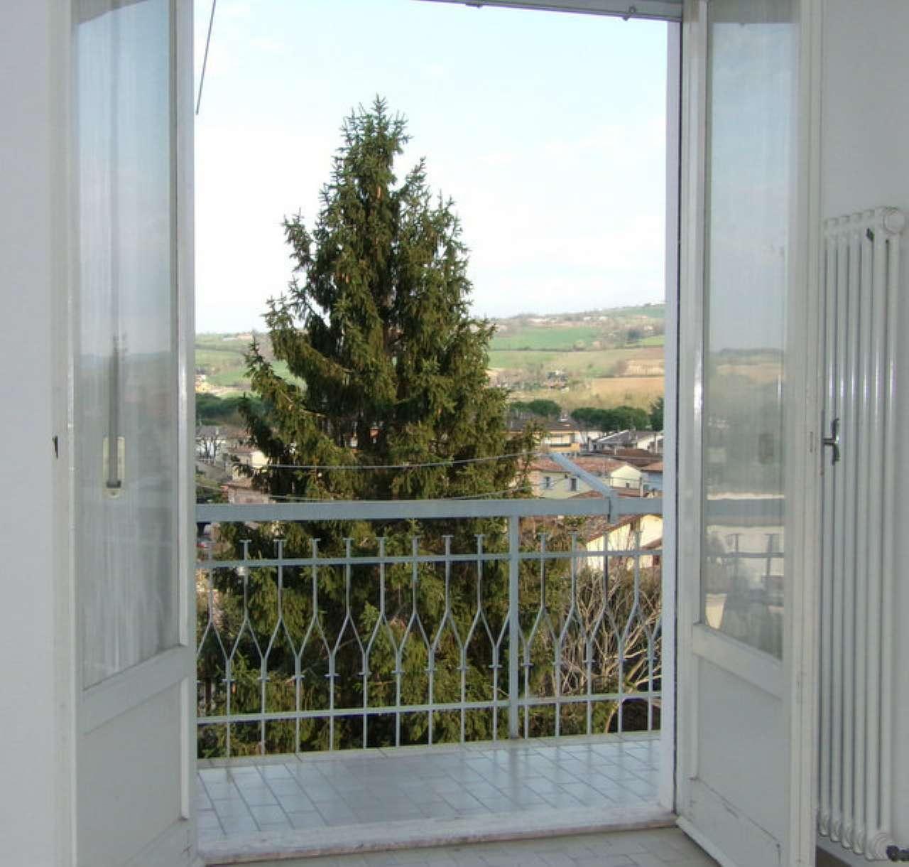 Appartamento in vendita a Meldola, 4 locali, prezzo € 65.000 | Cambio Casa.it