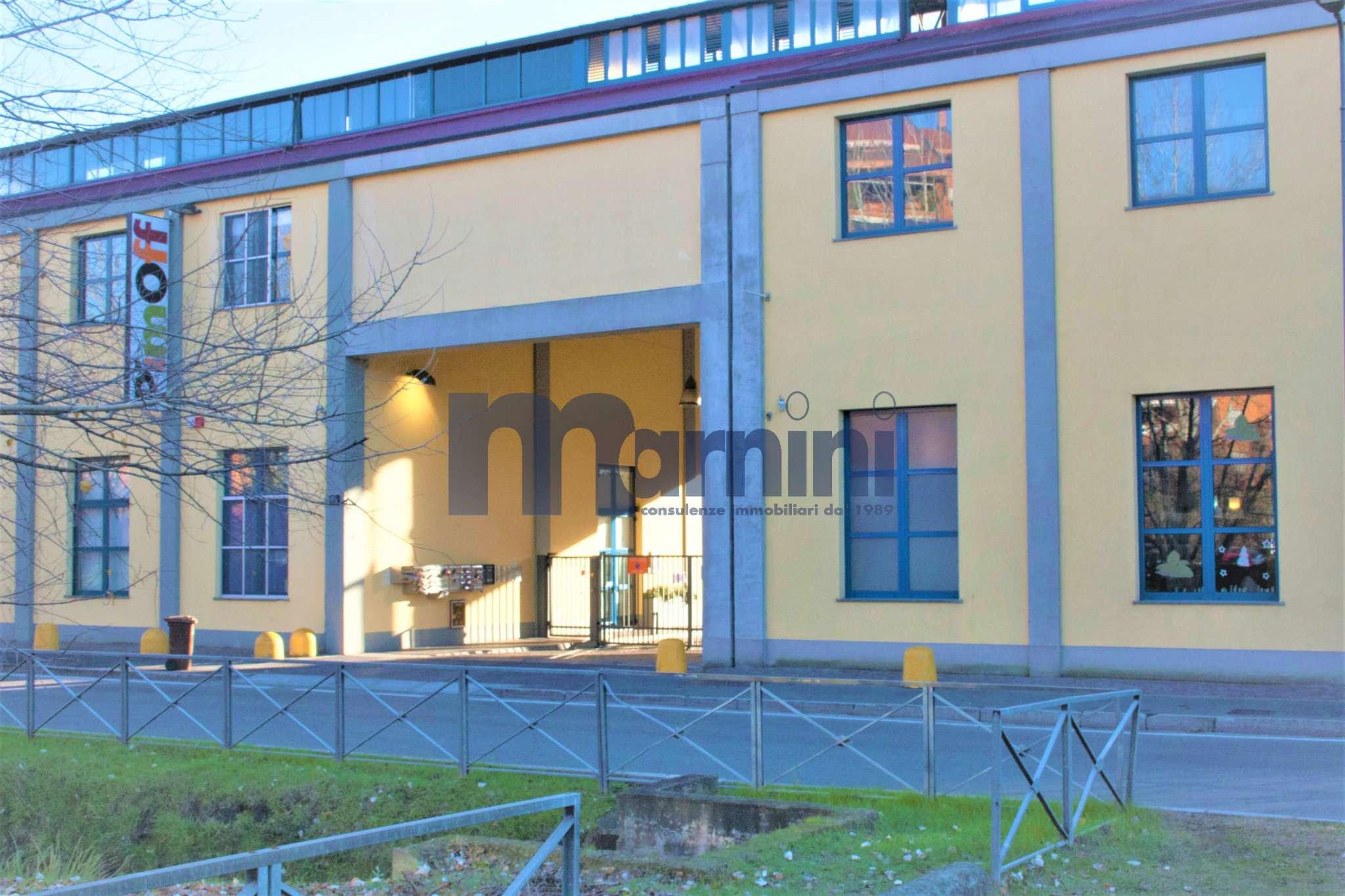 Loft in vendita 2 vani 100 mq.  via Selvanesco 77 Milano