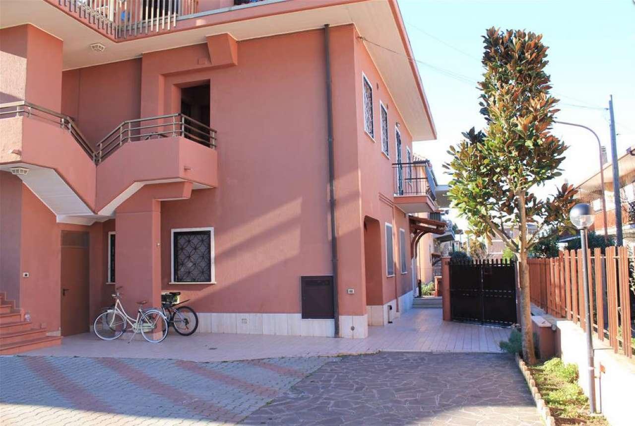Appartamento in affitto a Ciampino, 2 locali, prezzo € 700 | CambioCasa.it