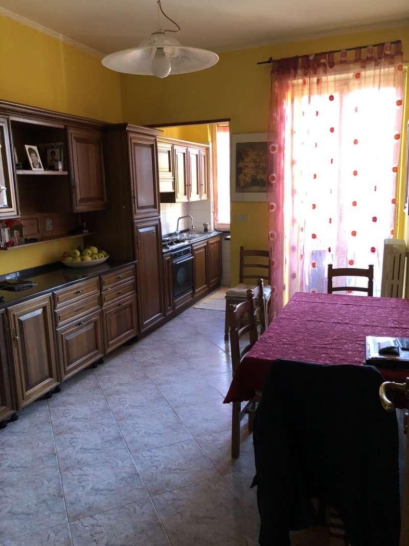 Appartamento in vendita a Pianezza, 3 locali, prezzo € 125.000   CambioCasa.it