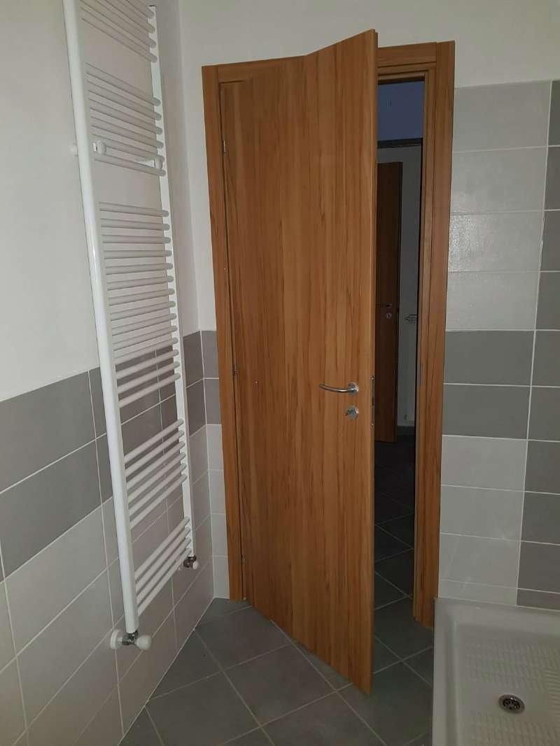 Appartamento in affitto a Chivasso, 3 locali, prezzo € 350 | CambioCasa.it