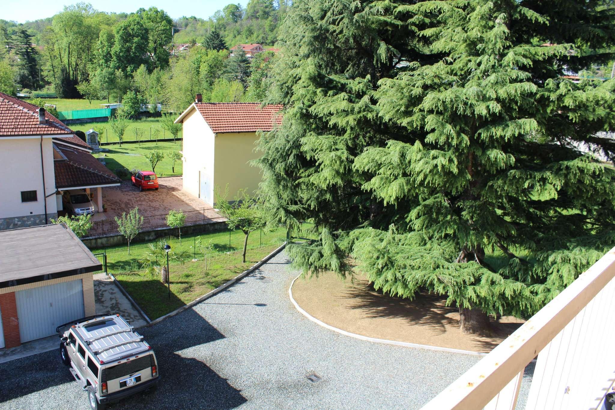 Foto 4 di Quadrilocale via torino, Cafasse