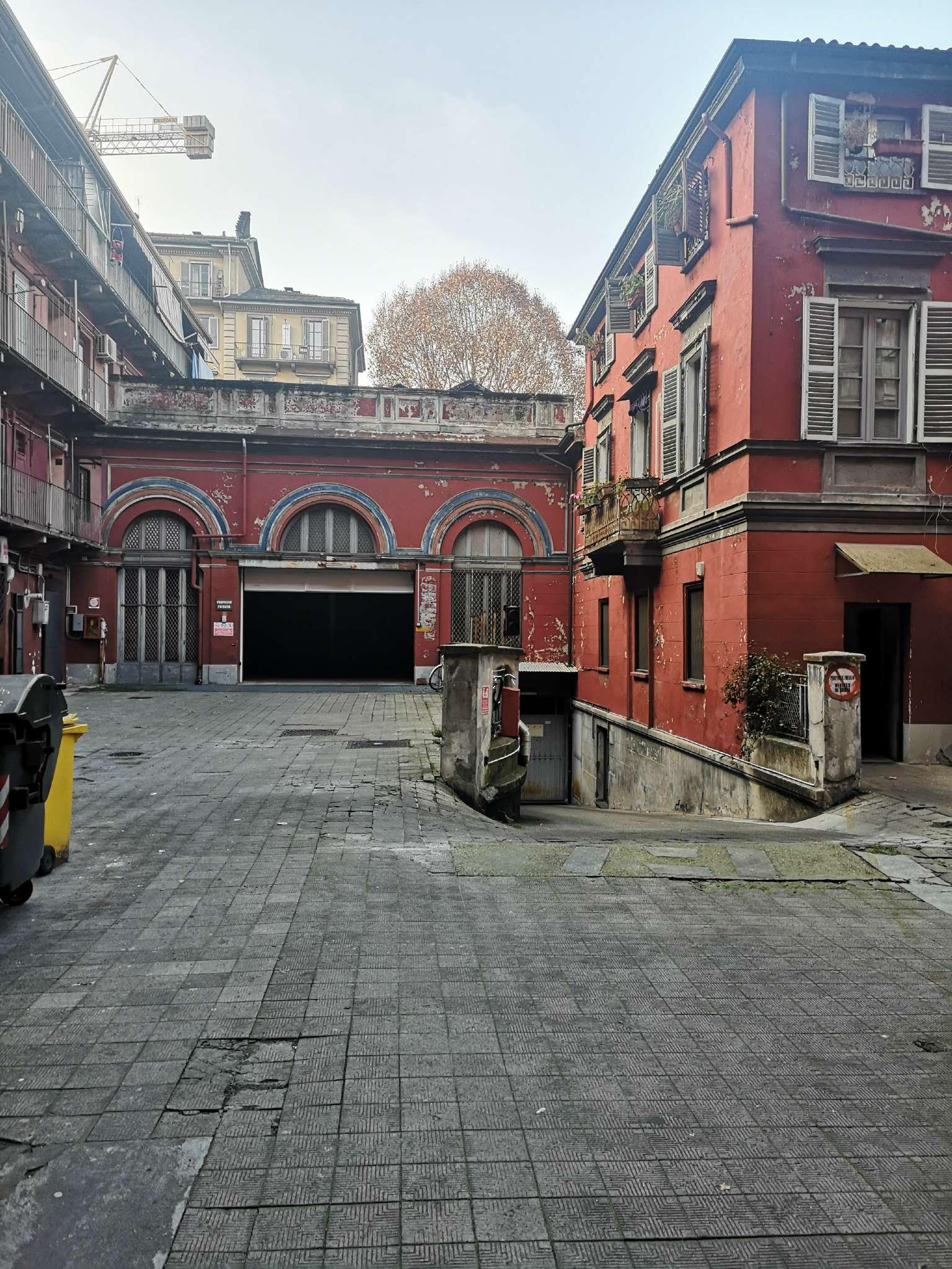 Box/Garage in affitto Zona Centro - via san francesco da paola Torino
