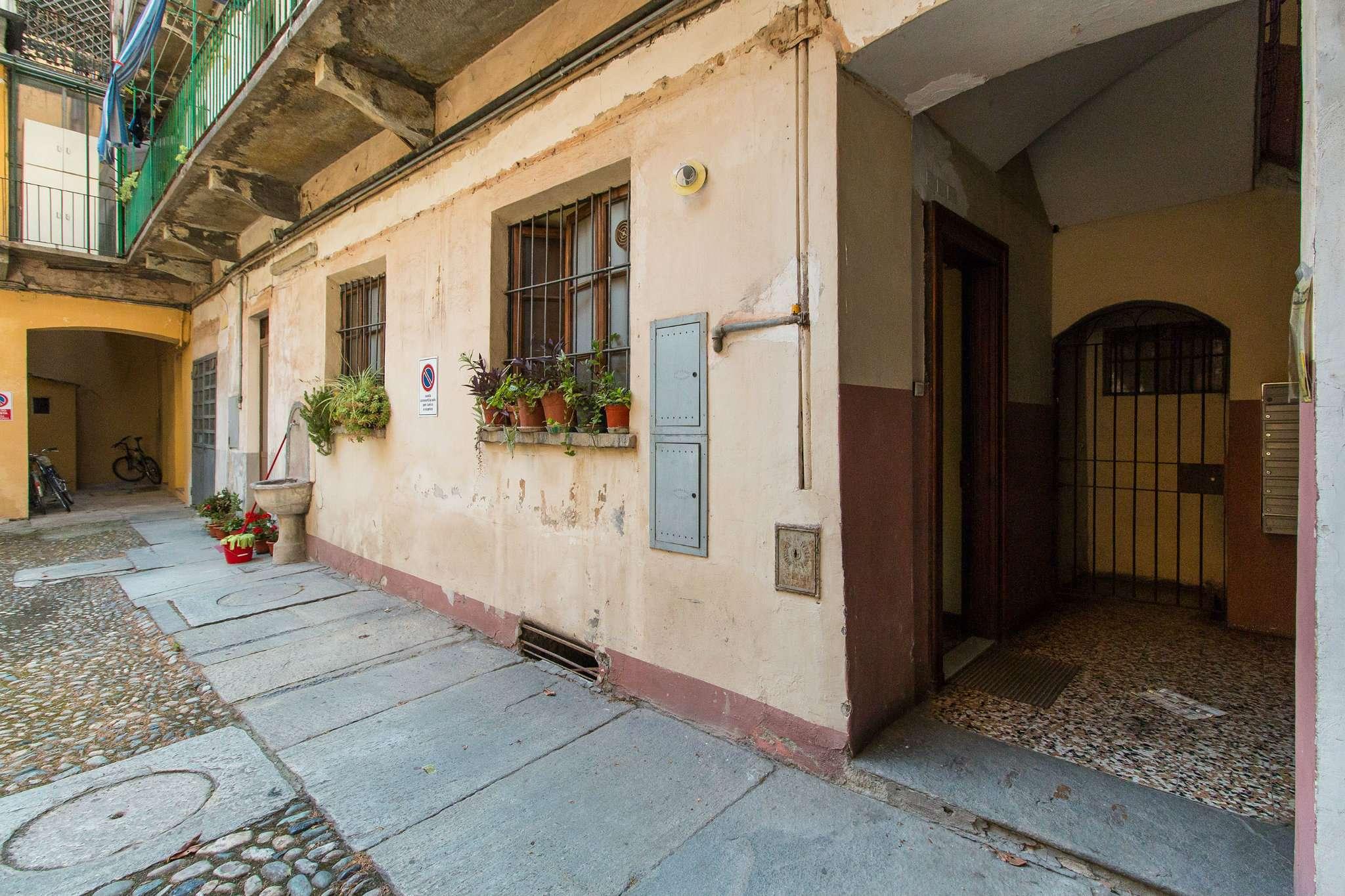 Foto 3 di Bilocale via lombroso 24, Torino (zona San Salvario)