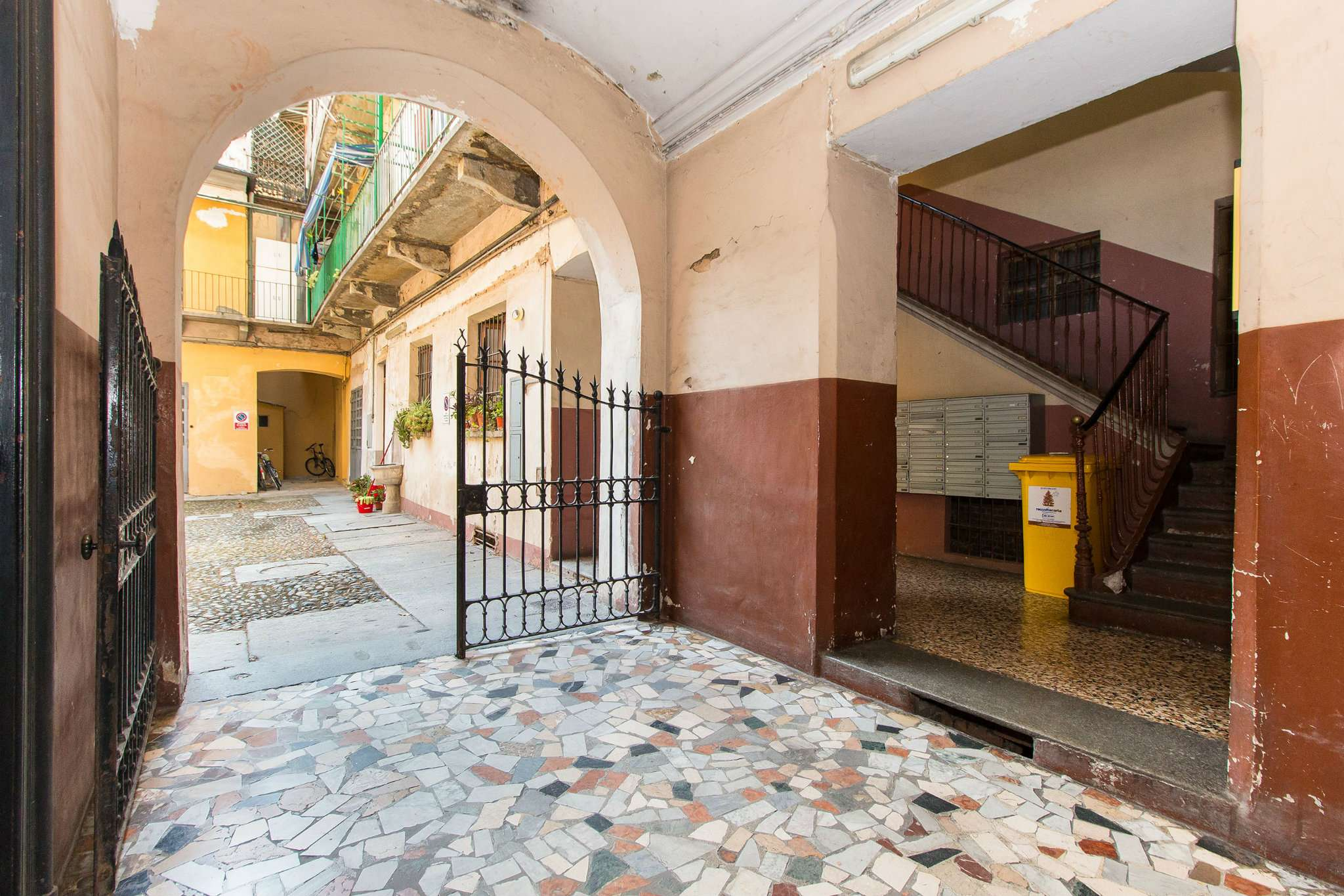 Foto 2 di Bilocale via lombroso 24, Torino (zona San Salvario)