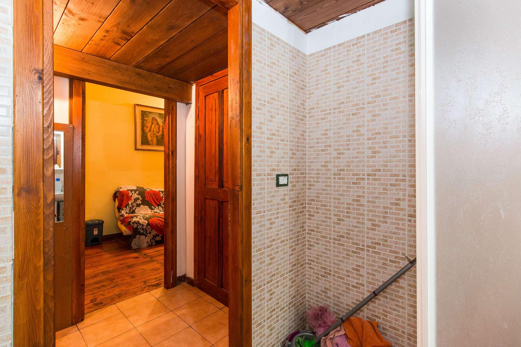 Foto 17 di Bilocale via lombroso 24, Torino (zona San Salvario)