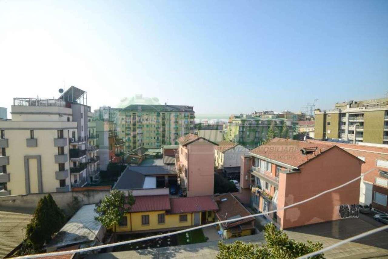 Bilocale Milano Via Imbriani 13