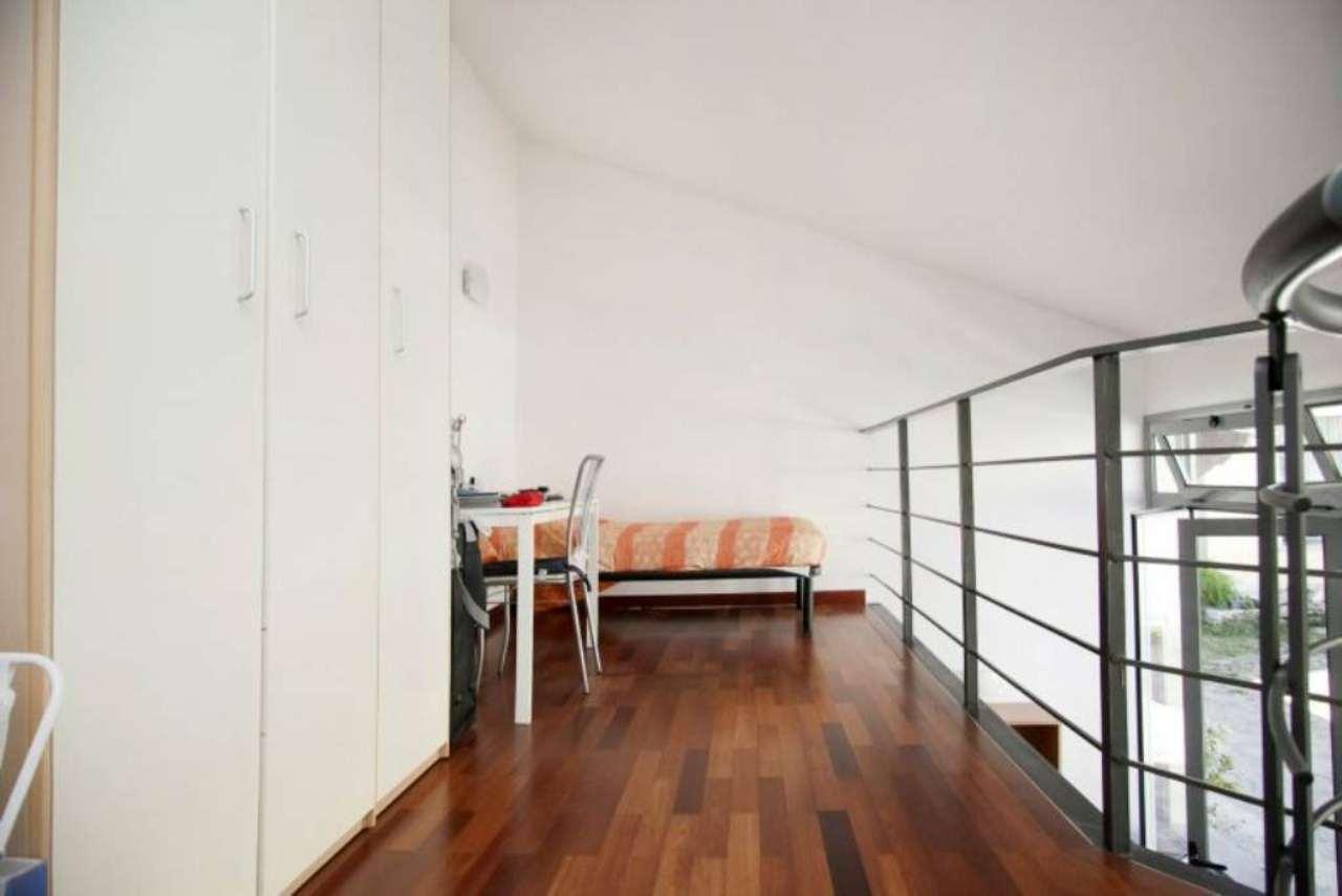 Bilocale Milano Via Giuseppe Candiani 3