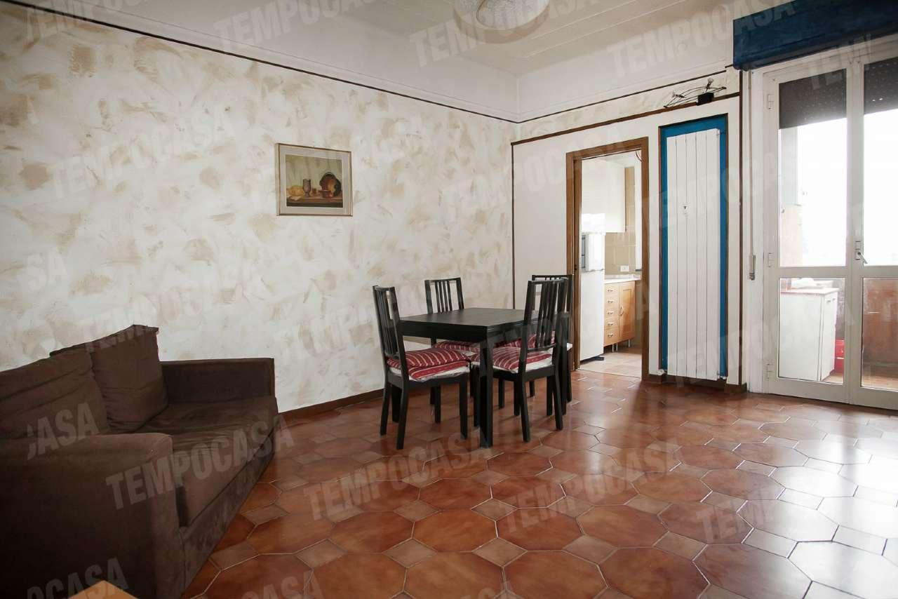 Bilocale Milano Via Catone 1