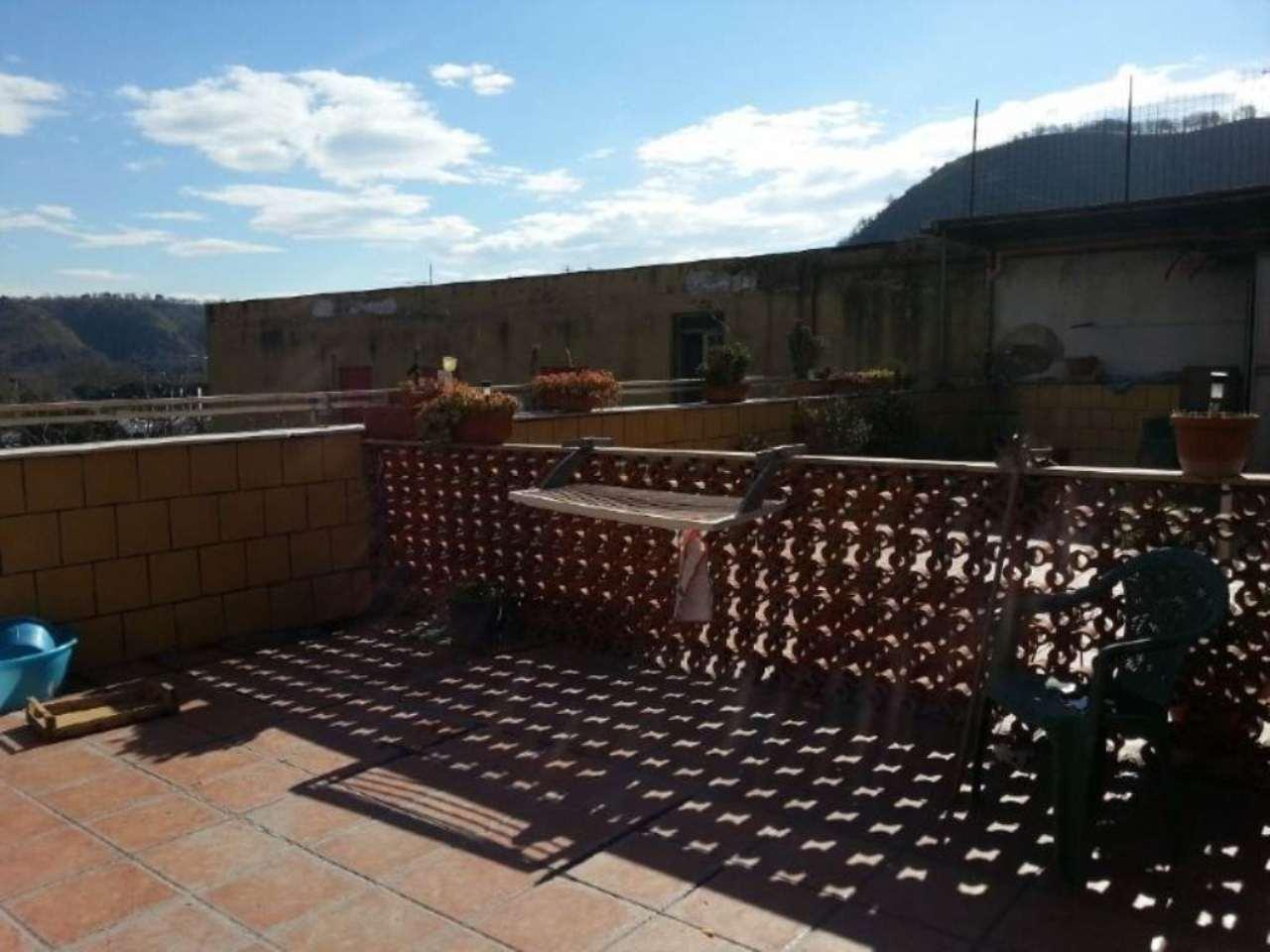 Appartamento in vendita 14 vani 450 mq.  via AUGUSTO RIGHI Napoli