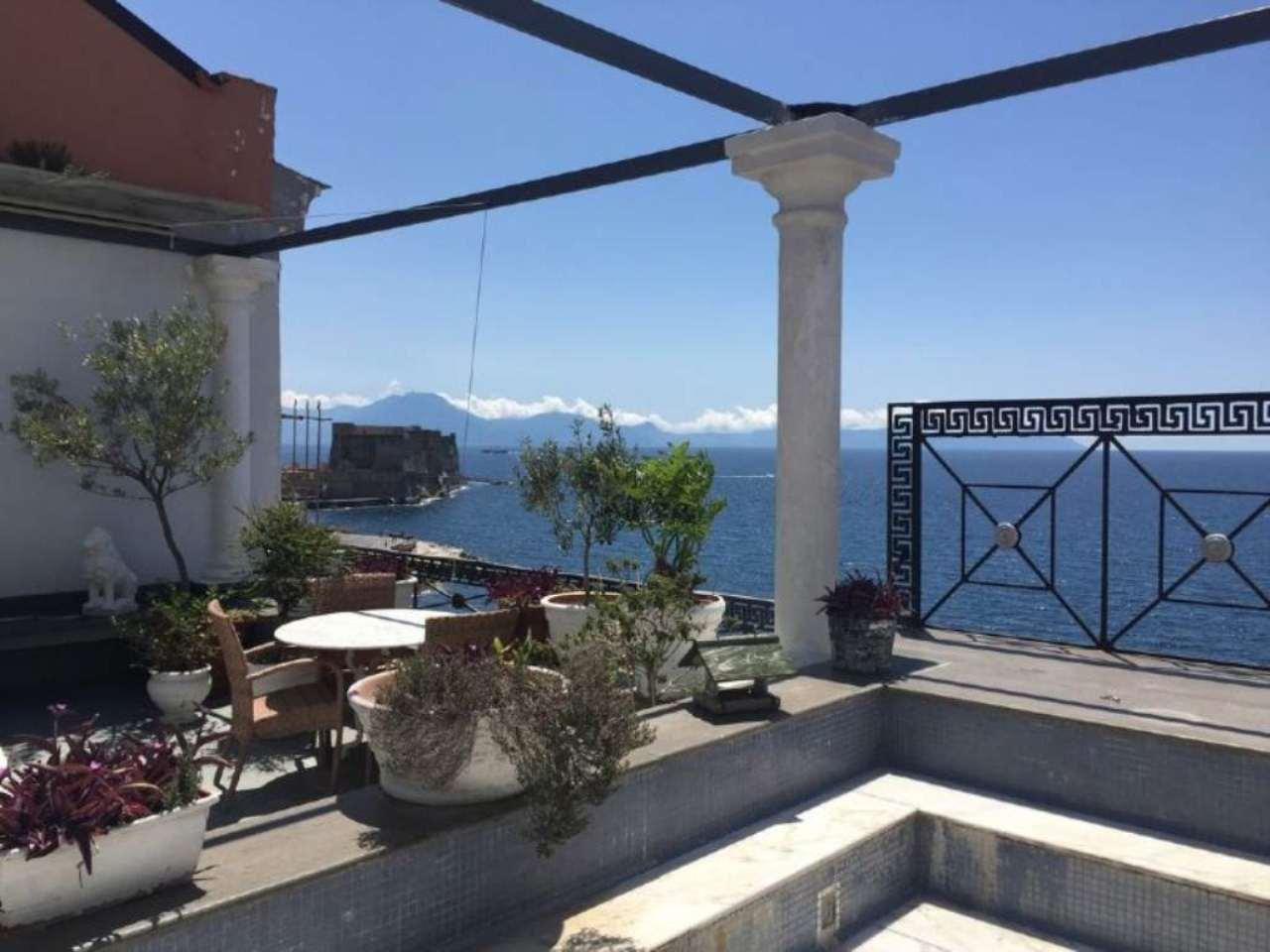 Via Partenope Pretigioso Panoramico Con Terrazzo | Marinelli ...