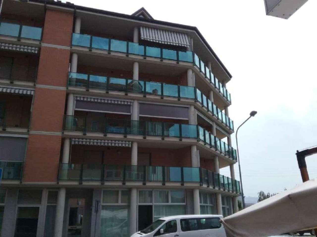 Appartamento in affitto a Chivasso, 2 locali, prezzo € 400 | Cambio Casa.it
