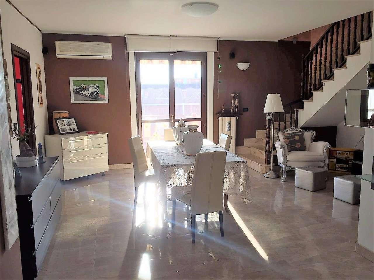 Appartamento in vendita a Settimo Torinese, 6 locali, prezzo € 279.000   CambioCasa.it