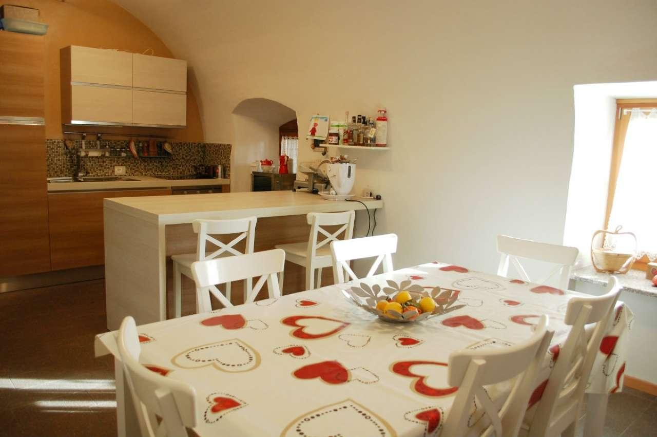 Appartamento in vendita a Varena, 4 locali, prezzo € 240.000 | Cambio Casa.it