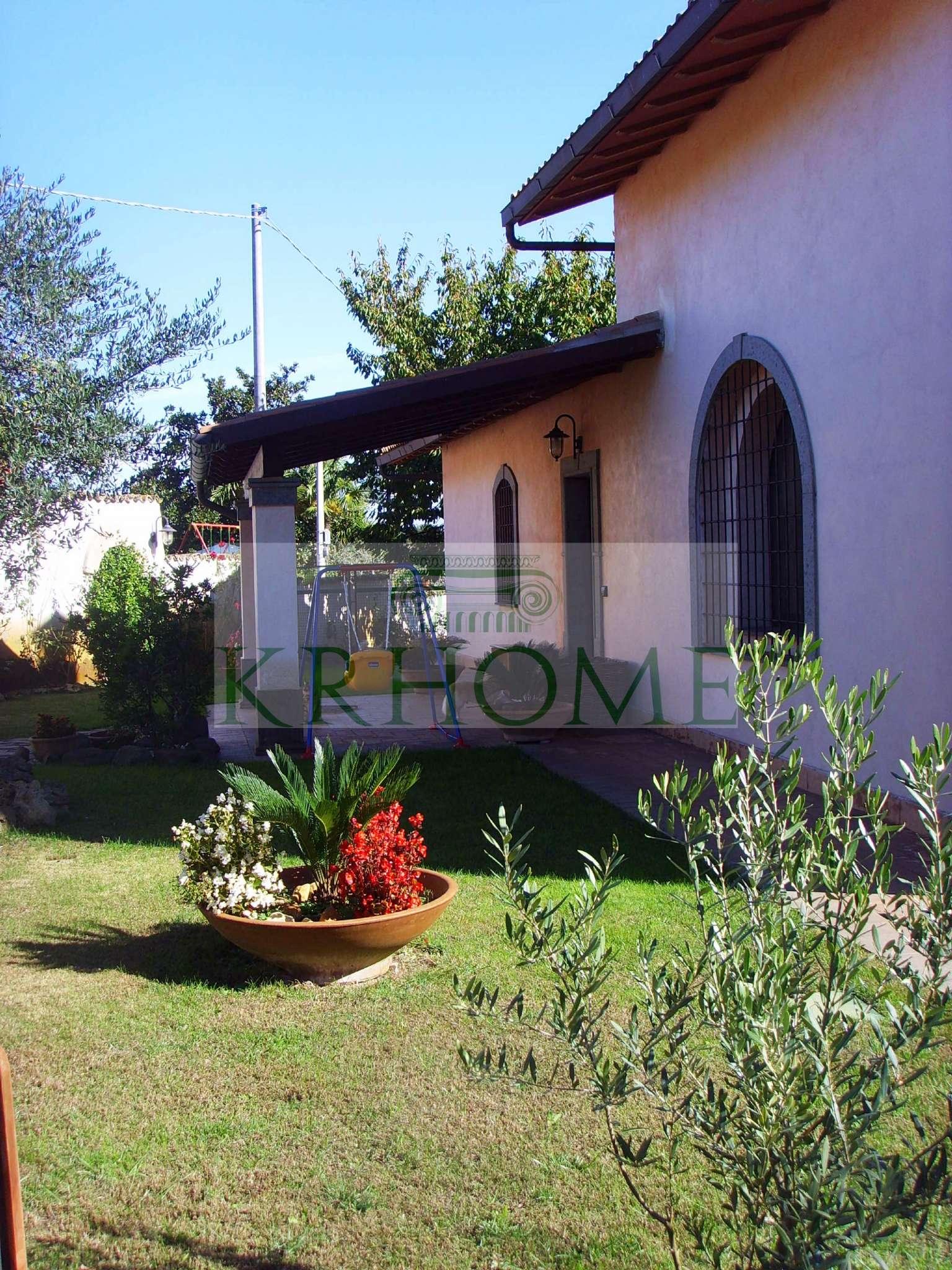 Villa in affitto a Sacrofano, 6 locali, prezzo € 1.500 | CambioCasa.it