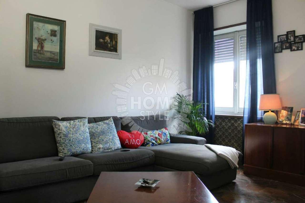 Appartamento in vendita 3 vani 125 mq.  via PADOVA  109 Milano