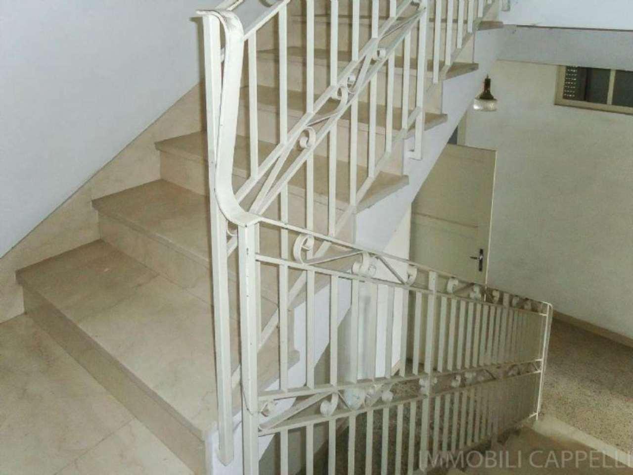 Soluzione Indipendente in vendita a Cesena, 8 locali, prezzo € 320.000 | CambioCasa.it