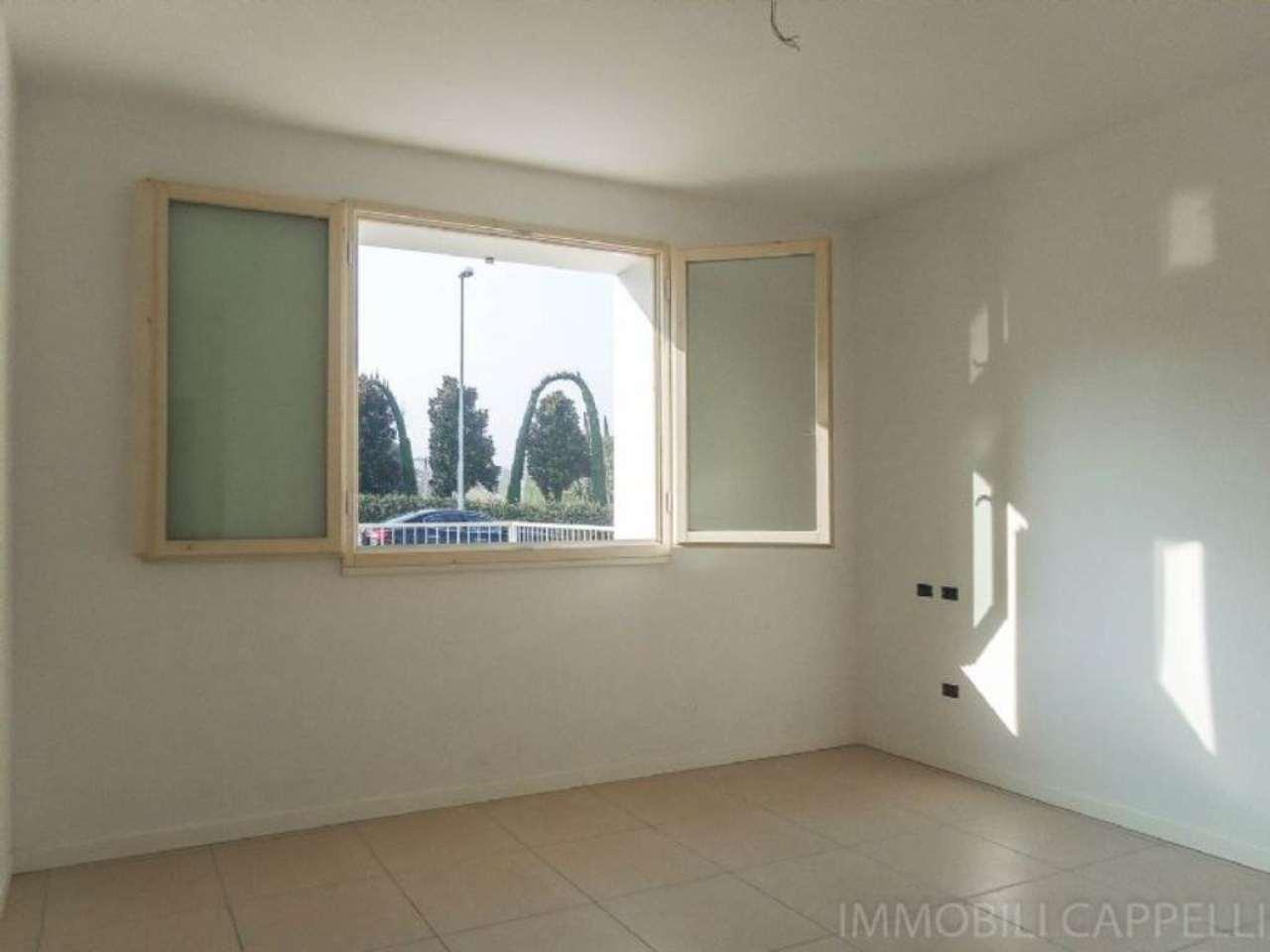 Appartamento in vendita a Cesena, 3 locali, prezzo € 166.000 | CambioCasa.it