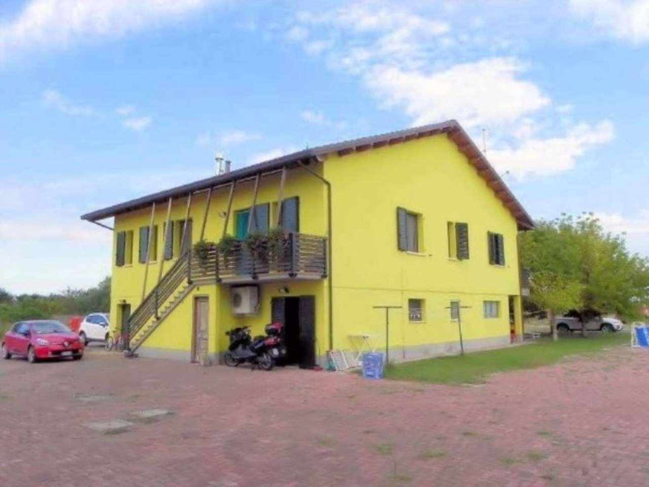 Villa in vendita a Forlimpopoli, 6 locali, prezzo € 450.000   CambioCasa.it