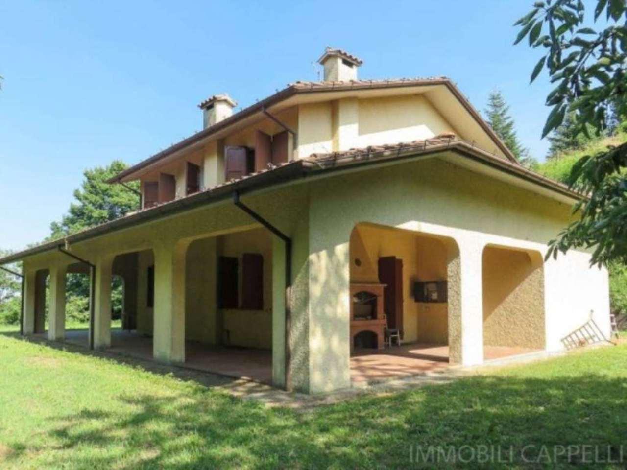 Villa in vendita a Cesena, 6 locali, prezzo € 460.000 | CambioCasa.it