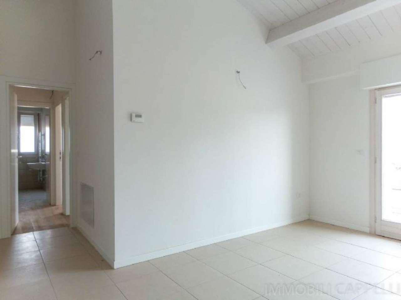 Appartamento in vendita a Cesena, 3 locali, prezzo € 119.000   CambioCasa.it