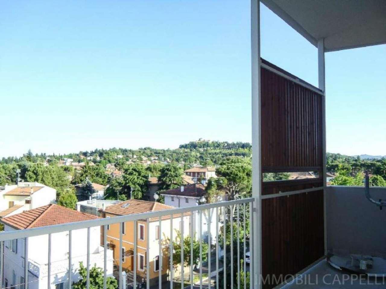 Appartamento in vendita a Cesena, 4 locali, prezzo € 145.000 | CambioCasa.it