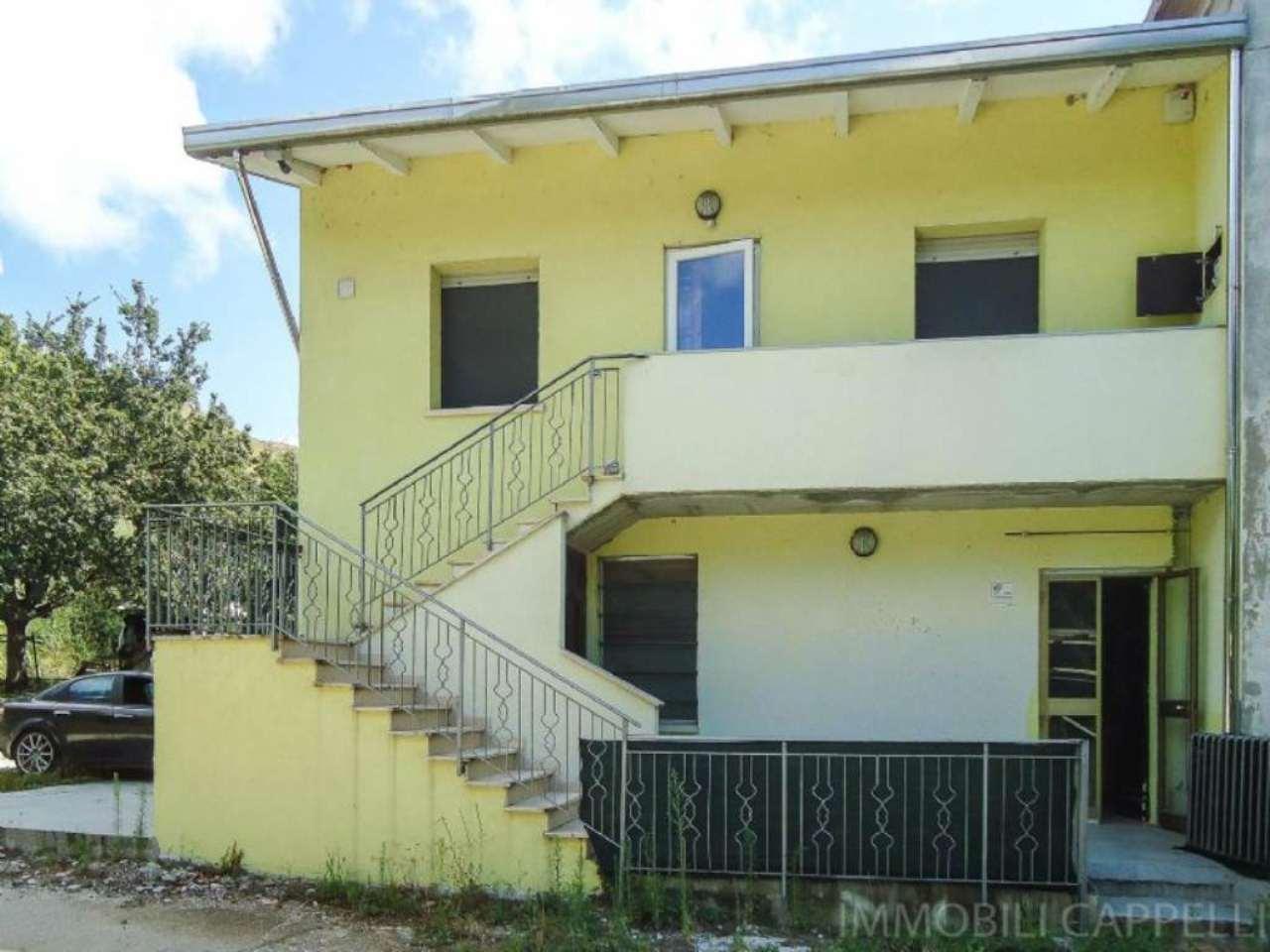 Soluzione Semindipendente in vendita a Cesena, 4 locali, prezzo € 250.000 | CambioCasa.it