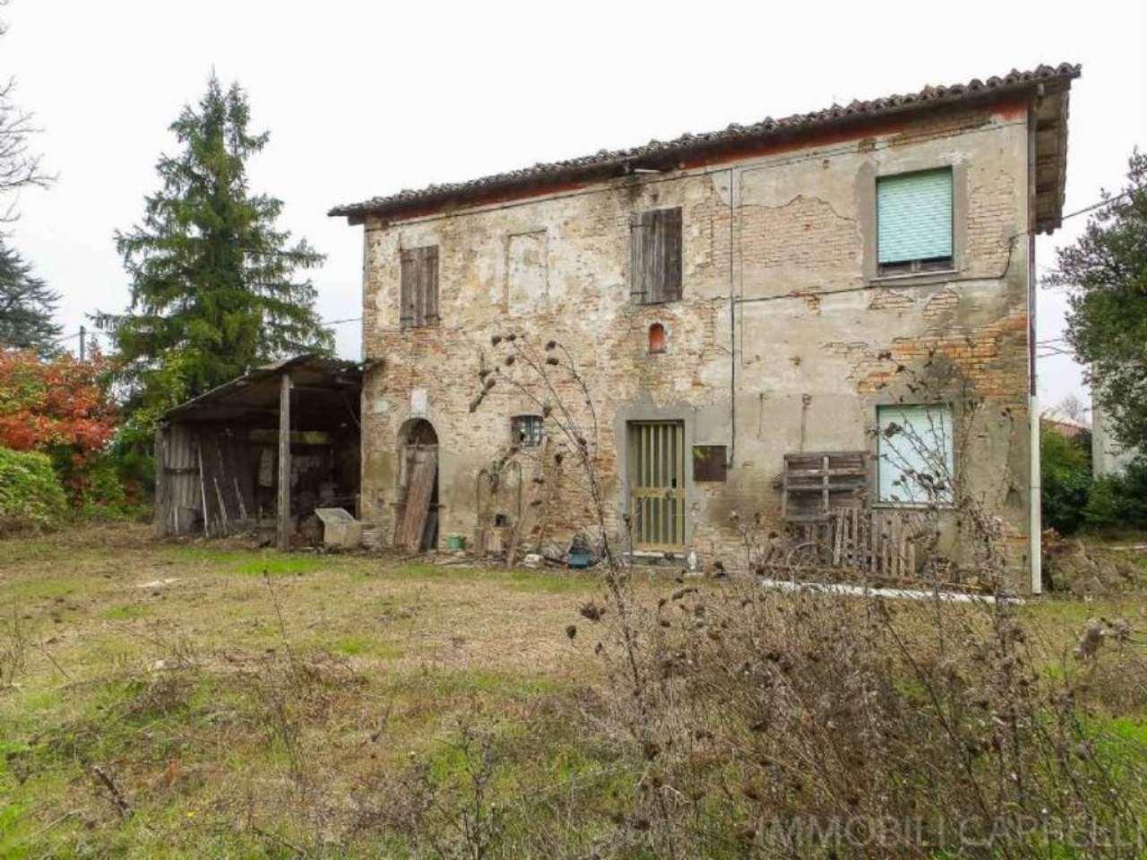 Rustico / Casale in vendita a Cesena, 7 locali, prezzo € 168.000 | CambioCasa.it