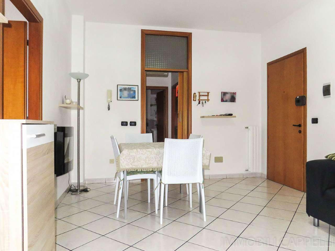 Appartamento in vendita a Forlimpopoli, 6 locali, prezzo € 135.000 | CambioCasa.it