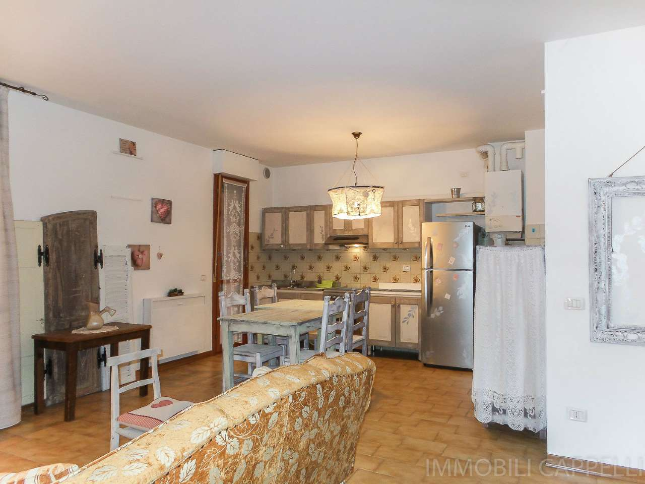 Appartamento in vendita a Cesena, 4 locali, prezzo € 250.000 | CambioCasa.it