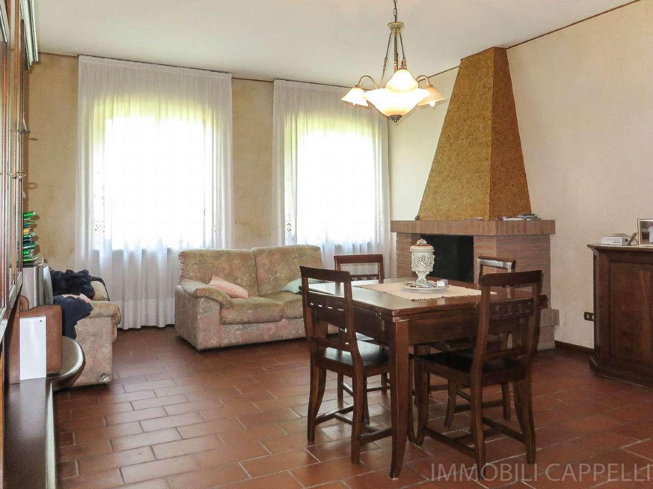 Villa in vendita a Forlimpopoli, 10 locali, Trattative riservate   CambioCasa.it