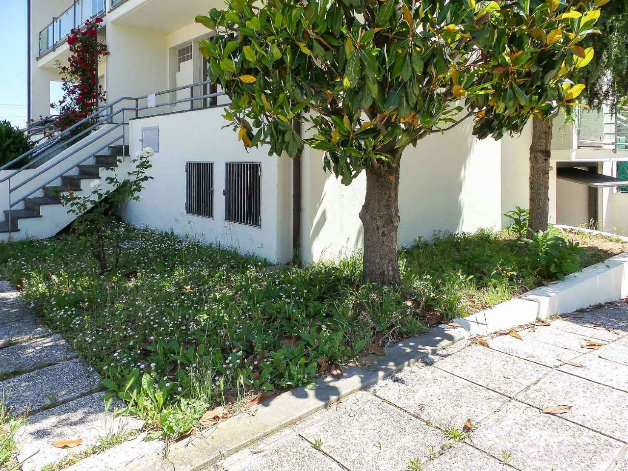 Villa Bifamiliare in vendita a Cesena, 7 locali, prezzo € 200.000   CambioCasa.it