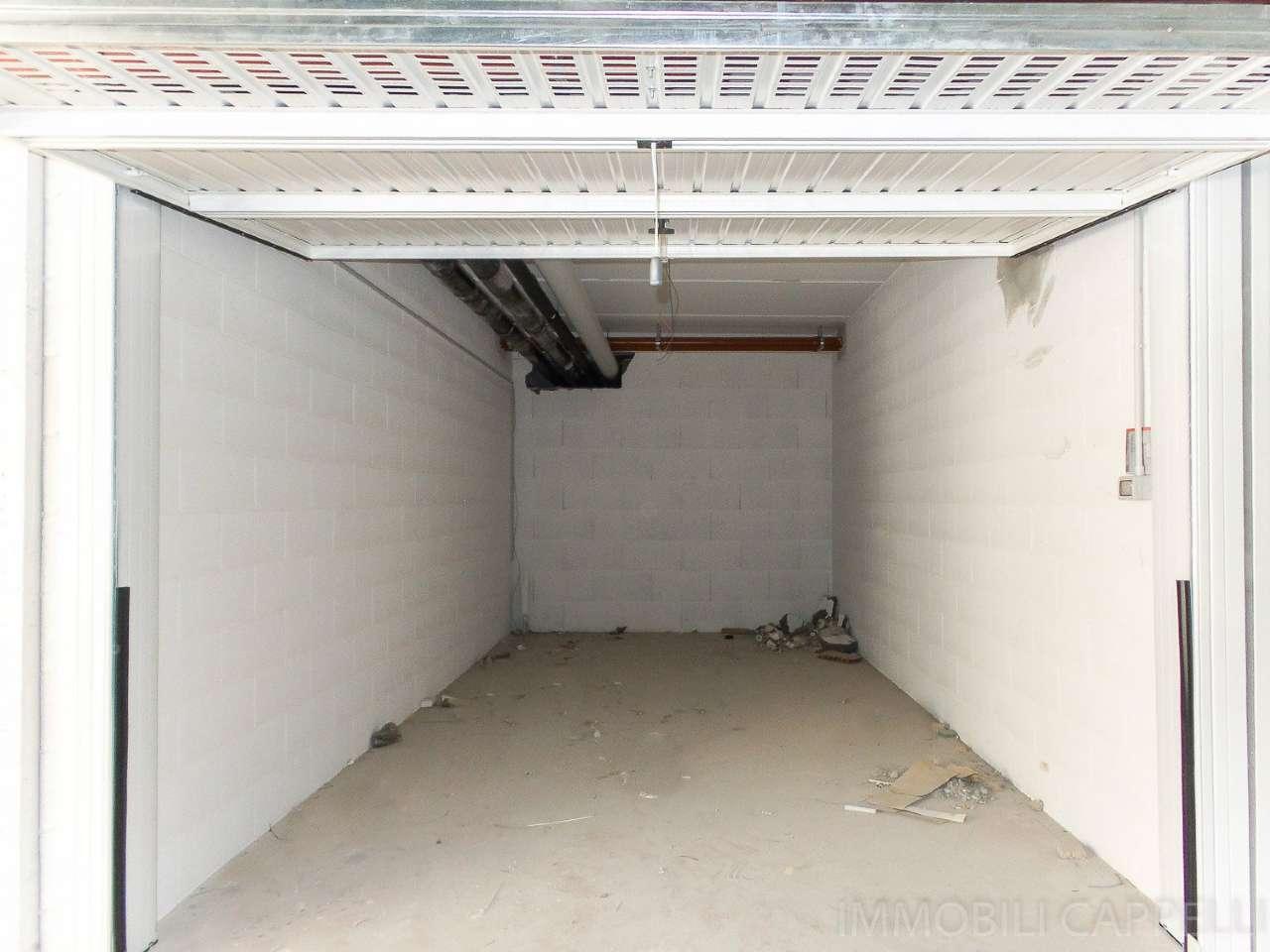 Box / Garage in vendita a Cesena, 1 locali, prezzo € 25.000 | CambioCasa.it