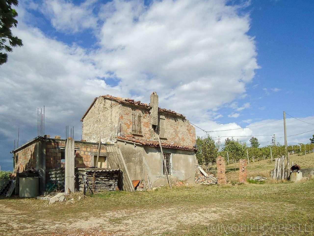 Soluzione Indipendente in vendita a Roncofreddo, 6 locali, prezzo € 100.000 | CambioCasa.it