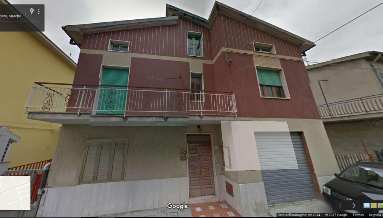 Soluzione Indipendente in vendita a San Benedetto del Tronto, 10 locali, prezzo € 150.000 | Cambio Casa.it